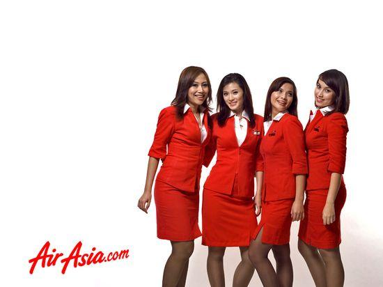 AirAsia-flight-attendant-wallpaper 1024x768