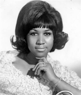 Ss-101105-Aretha-Franklin-1960-portrait.grid-6x2