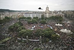 15-M, Plaza de Cataluña, Barcelona, 27 de mayo de 2011, Foto, ALBERT GARCIA