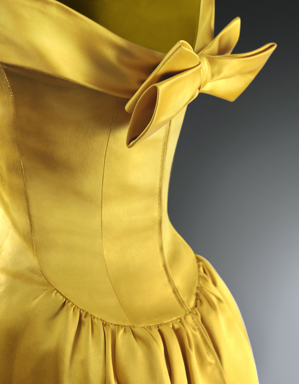 gt; Delitos Y Museo Cambia Trajesgt; Blogs Balenciaga El Faldas De rdxQhstC