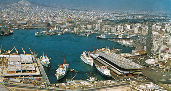 Port-of-piraeus-panoramic-view