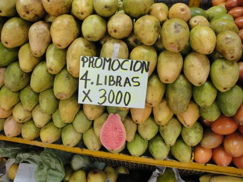 Guayabas en promoción. Precio  pesos colombianos