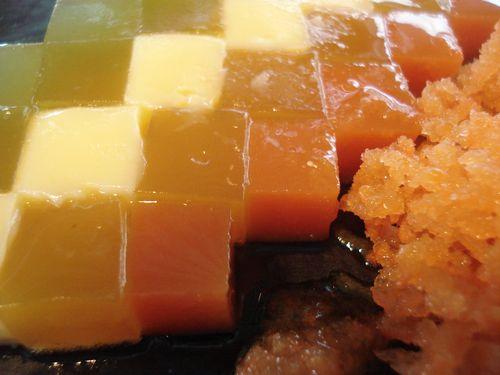 Gelée de mandarina, fruta de la pasión y tocinillo de cielo