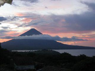Volcano-Nicaragua[1]