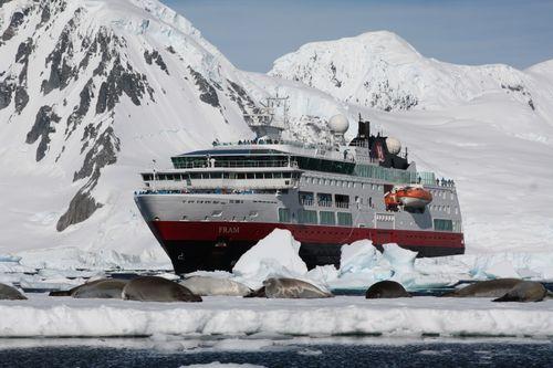 07. Barco Fram, compañía Hurtigruten