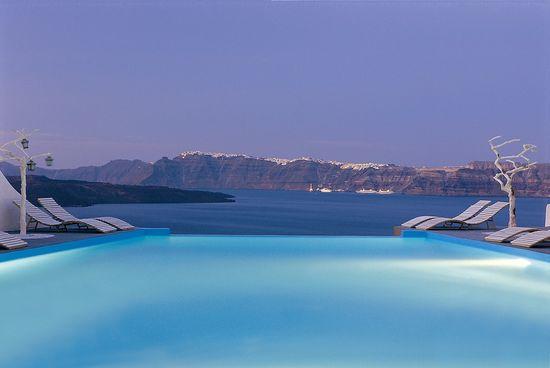 Astarte-Suites-Hotel-Infinity-pool