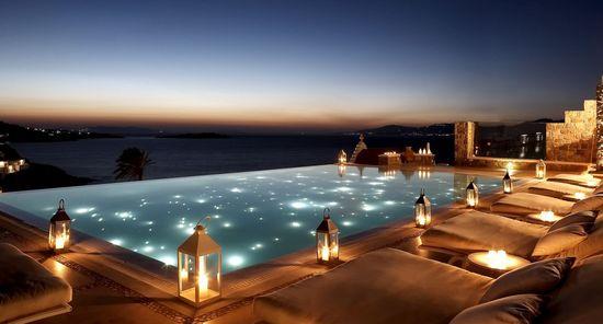 Chapuzones celestiales ii 20 piscinas alucinantes en - Banarse con delfines portugal ...