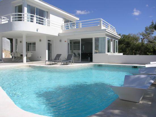 Can-cal-modern-home-in-ibiza1