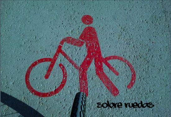 Sobre ruedas. Cartel del colectivo Pedaleart
