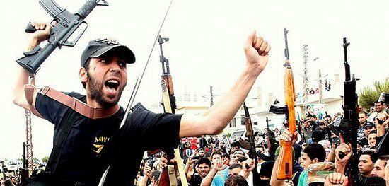 MilicianosLibanesesEnEntierroAhmedAbdulWahid