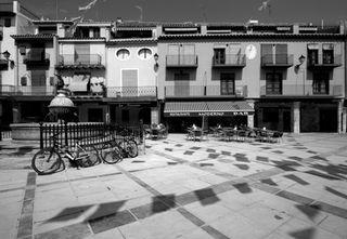 VMP  6P60  Sant Mateu,  plaça Major  ( IMG_8020 )r_WG8_3