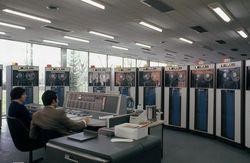 Sala de máquinas - La IBM 7090 del Centro de Cálculo de la Complutense