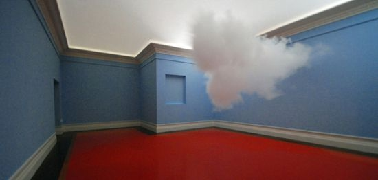 Nimbus 2010 Cloud in Room de Berndnaut Smilde