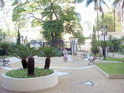 Entrada a una urbanizacion de lujo en Sào Paulo (2)