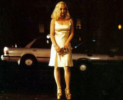 Patricia Arquette como Alice