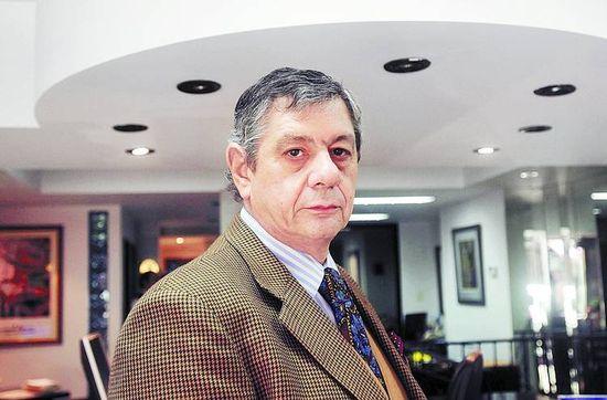 Castigado-Jorge-Toselli-Presidenta-Fernando_CLAIMA20120713_0039_19