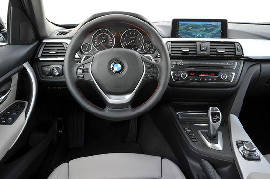 BMW Serie 3 Active Hybrid salpicadero