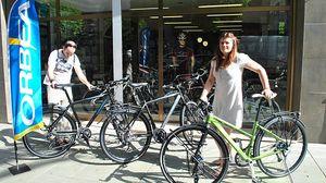 Arturo y Cristina, promotores de Sube a la bici.