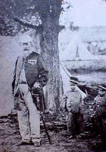 Niños con General