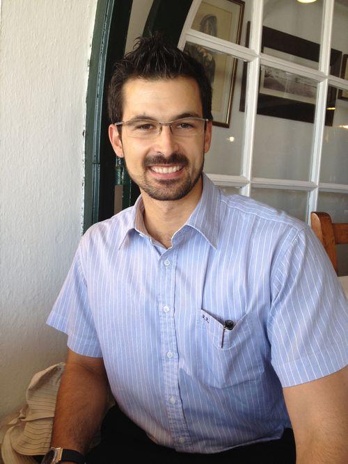 Ricardo Riera hijo, propietario del restaurante Es Port en Fornells