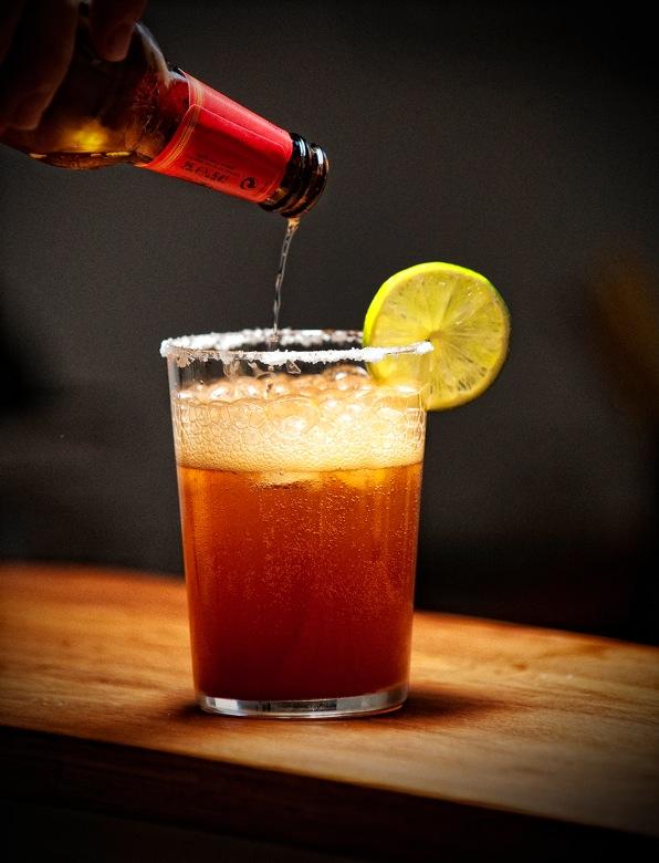 Michelada veraniega el comidista blogs el pa s for Coctel con zumo de tomate
