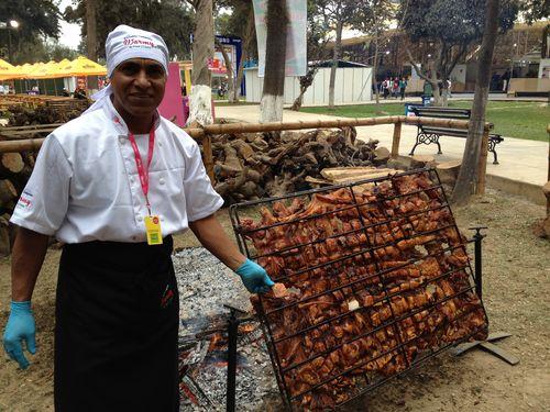 Pepe Warmy, especialista en los asados al palo