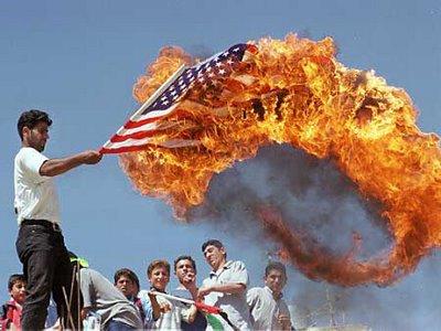 Bandera_americana_quemada