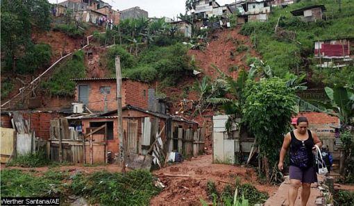 Casas levantadas en lugares peligrososl