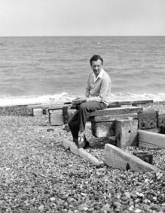 1959 - On Aldeburgh Beach - photo by Hans Wild