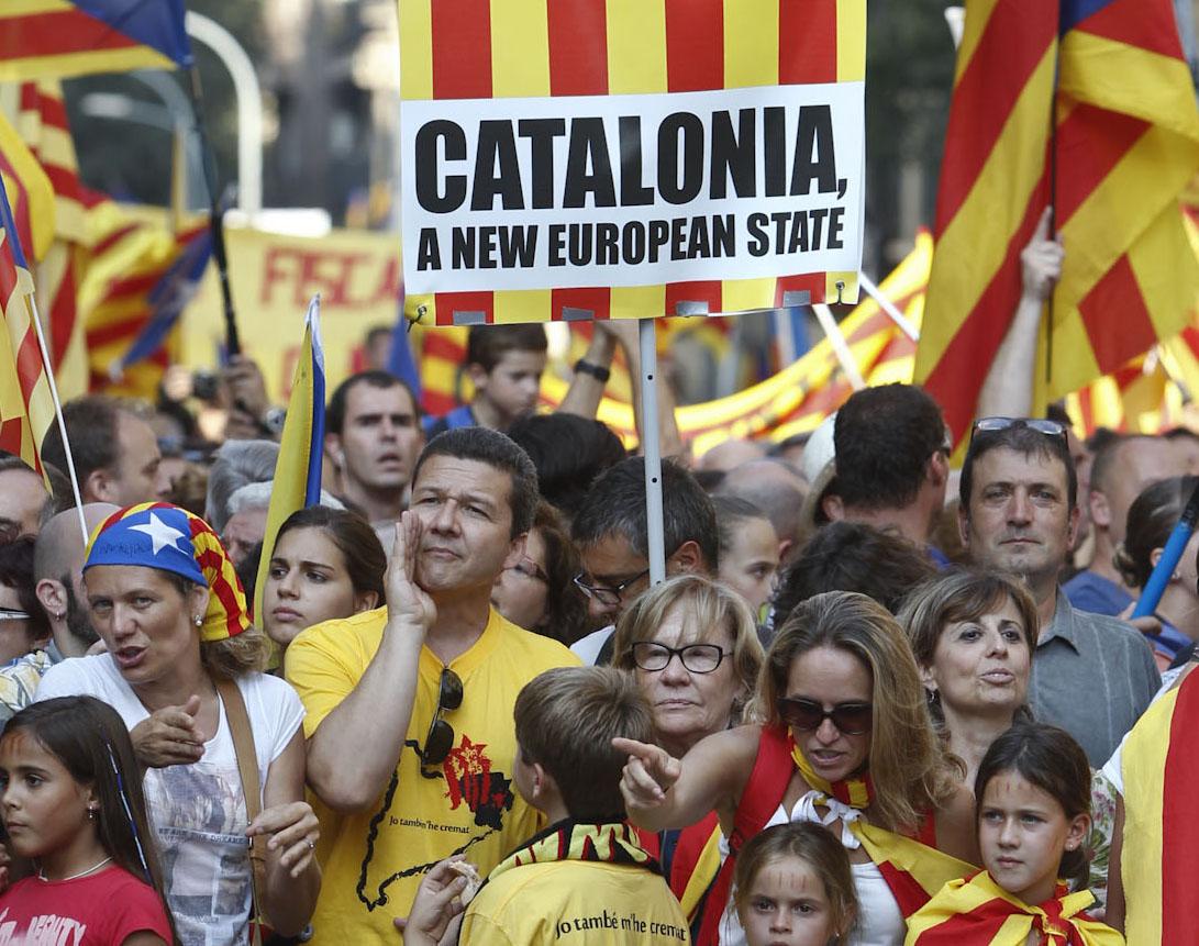 Uno dei tanti slogan dell'11 settembre, Barcellona (blogs.elpais.com)