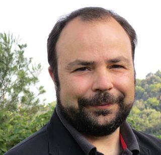 Juan Pastor Bustamante, EOI