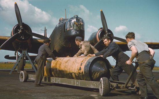 JACINTO bomber-command-wel_2261422k