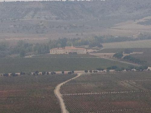 Vista del Monaterio desde un altozano dentro del dominio Abadía de Retuerta