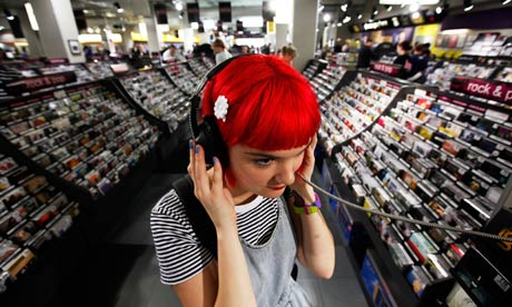 A-girl-at-a-listening-pos-008