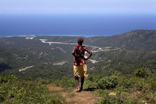 Mujer Haiti Med Res UNI121112
