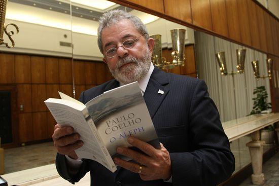Paolo Coelho leido por Lula