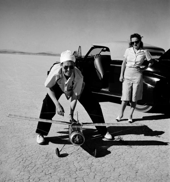 James Stewart, Olivia de Havilland and Model Airplane. 1940. John Swope Trust