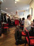 Visión parcial del comedor del restaurante del hotel W, Opera