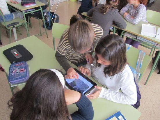 Alumnos con tablets