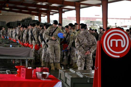 MC_EP1_Militares_05OK
