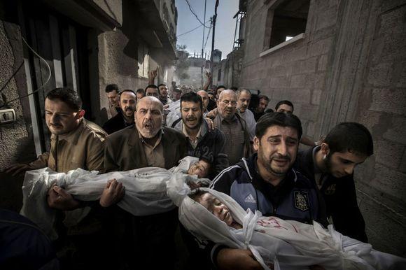 Fotografía ganadora del World Press Photo 2012 / PAUL HANSEN (AP)