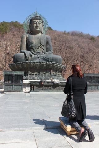 Estatua de Buda en Seoraksan (Corea del Sur)