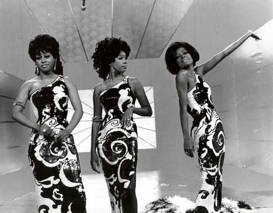 The supremes poses