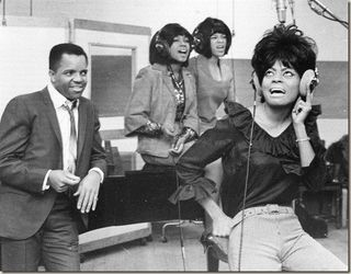 Berry-gordy-and-the-supremes_thumb