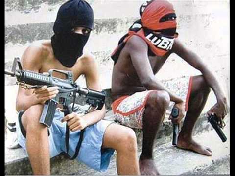 Narcos en favelas