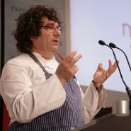 El cocinero y filósofo Fulvio Pierangelini en una conferencia
