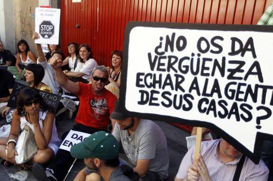 El PSOE presionó al Gobierno para cambiar la legislación hipotecaria