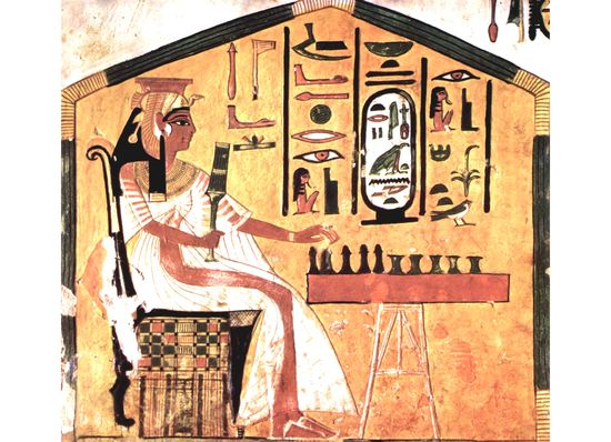 Queen Nefertari playing senet