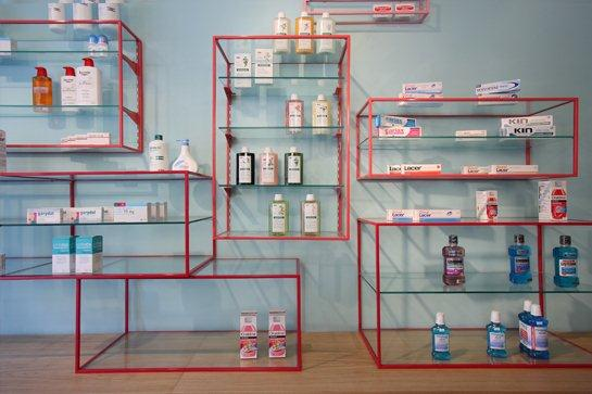 10_Stone_designs_interior_Farmacia de los austrias_Pharmacy_2012