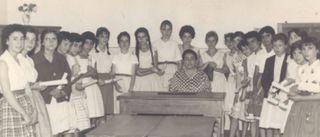Ángela Ruiz en su escuela